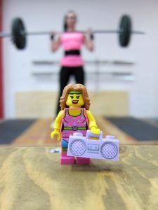 barefoot women personal trainer